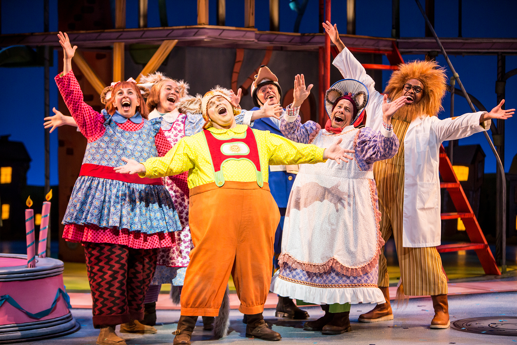 Busytown The Musical at Children's Theatre Company | Girl ...