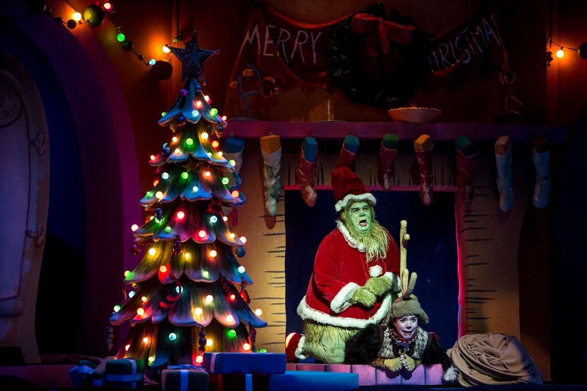 how the grinch stole christmas at childrens theatre company girl meets broadway - Grinch Stole Christmas Lights